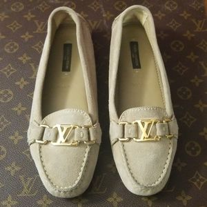 Louis Vuitton Tan Suede Oxford Loafer/Moccasin